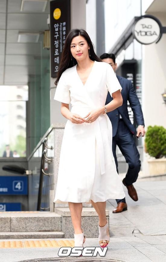 Pure white rice had booze yesterday now Jun Ji-Hyun