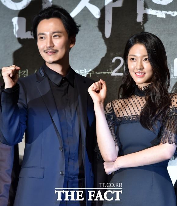 배우 김남길이 영화 '살인자의 기억법'에서 설현을 업어치기한 장면에 대한 에피소드를 밝혔다. /이새롬 기자