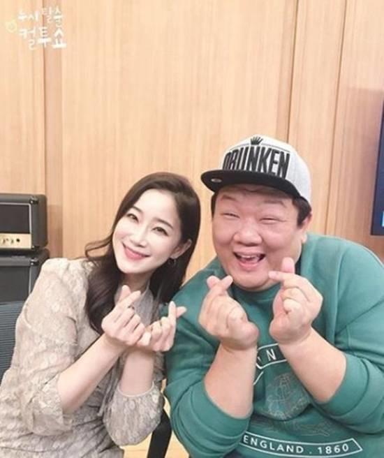 유민상과 김하영은 한때 열애설이 불거지기도 했지만 '컬투쇼'에 출연해 \