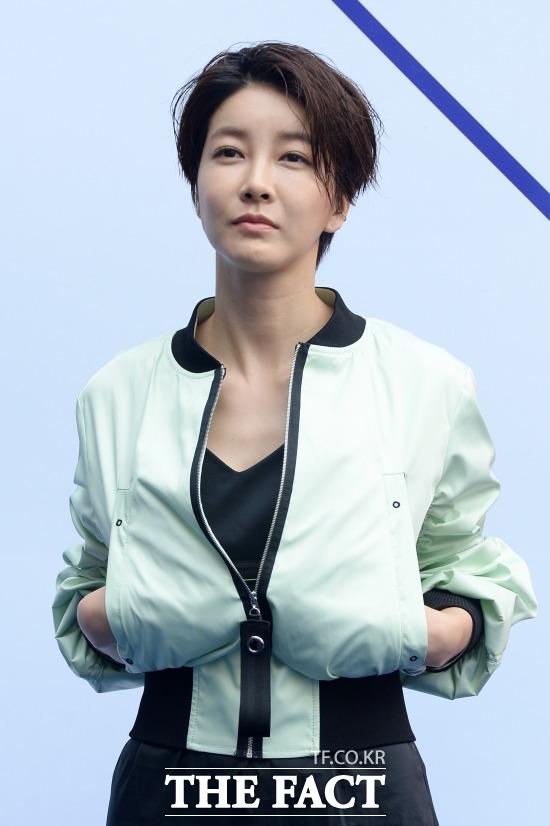 배우 진서연이 SNS를 통해 정부의 코로나19 대응을 비난했다. /남용희 기자