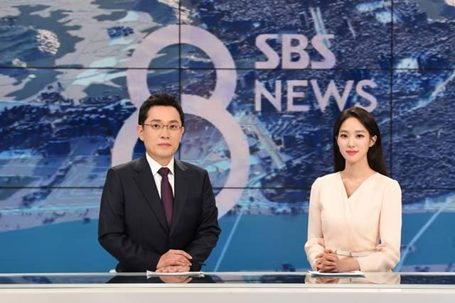 김용태 기자(왼쪽)와 주시은 아나운서는 SBS 주말 '8뉴스'에 앵커를 맡게 됐다. /SBS 제공
