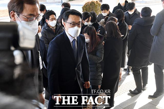 김진욱 고위공직자범죄수사처(공수처) 처장이 김학의 출국금지 의혹 사건을 규정상 공수처로 이첩하는 게 맞다고 밝혔다. /남용희 기자