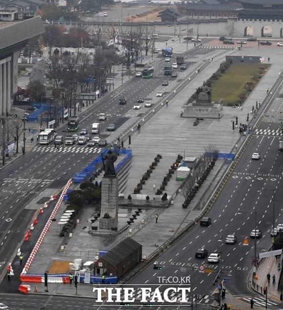6일 0시부터 광화문광장 동측도로가 양방향 통행이 가능해진다. /임세준 기자