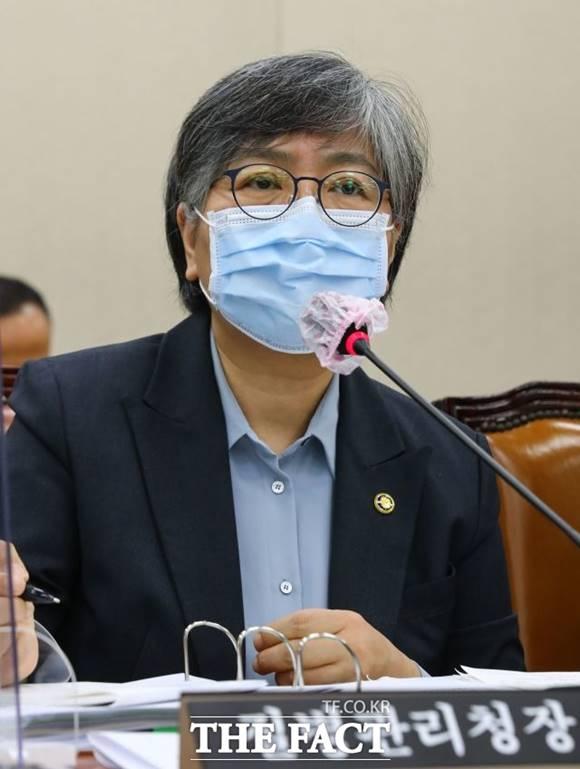 정은경 본부장이 11일 정례 브리핑을 통해 백신관련 내용을 발표했다. /이새롬 기자