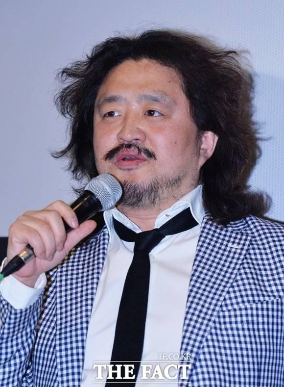 TBS가 '김어준의 뉴스공장'을 진행하는 김어준 씨에 관한 논란에 반박했다. /이동률 기자