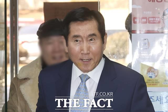 대법원 3부(주심 노태악 대법관)는 뇌물수수 혐의로 기소된 조현오 전 경찰청장의 상고심에서 징역 2년6개월을 선고한 원심을 확정했다고 7일 밝혔다. /뉴시스