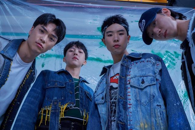 밴드 SURL이 오는 7월 9일부터 3일간 단독 콘서트를 개최한다. /해피로봇레코드 제공
